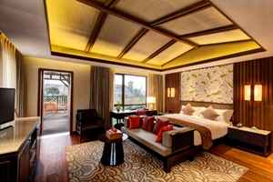 Anantara Emei Resort and Spa bedroom