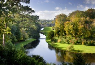 Just Go! Holidays celebrates National Trust partnership with 6 new escorted tours