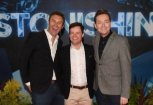 Stephen Mulhern's Astonishing show premieres for P&O Cruises