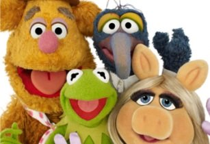 Super Break packages available as 'The Muppets Take London'