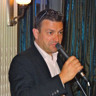 Travel Bulletin's incomparable Simon Eddolls – MC, compere and bingo caller for the evening.